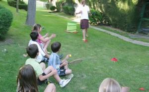 Gymkana para niños al aire libre
