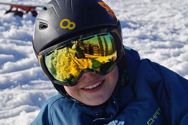 Esquiar con niños en los Pirineos