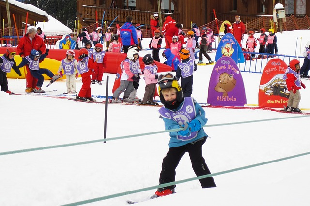 Esquiar y otras actividades con niños en los Pirineos